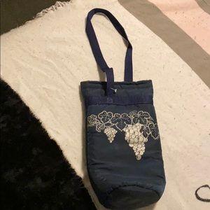 CHILL-N-GO blue wine travel cooler bag